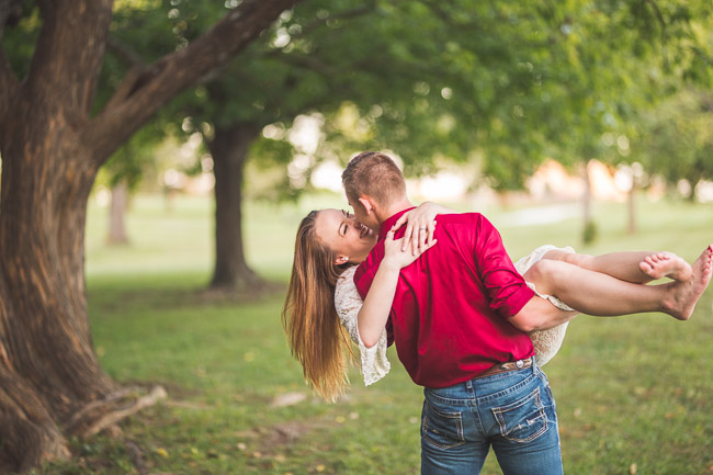 Lowenstein-Park-Engagement-Session-41