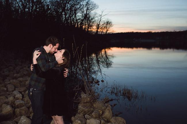 Shawnee-Mission-Park-Engagement-31