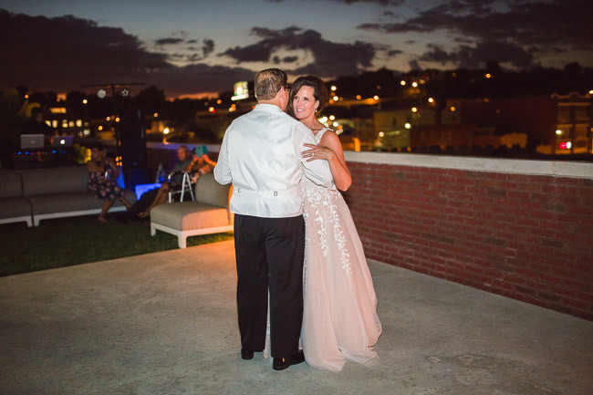 On-Broadway-Rooftop-Event-Space-Kansas-City-Wedding-113