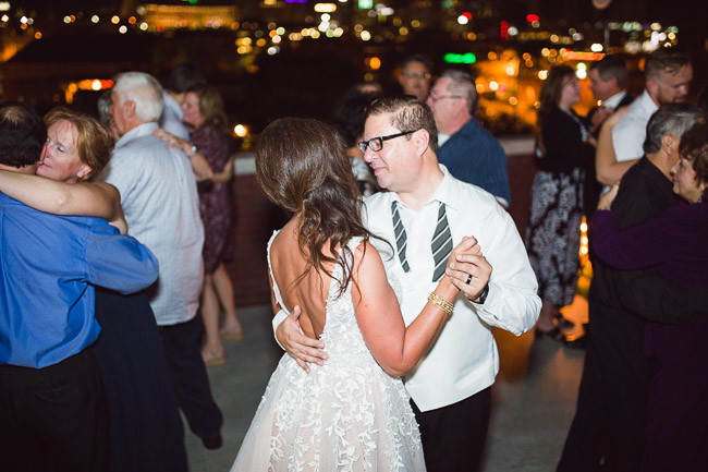 On-Broadway-Rooftop-Event-Space-Kansas-City-Wedding-116