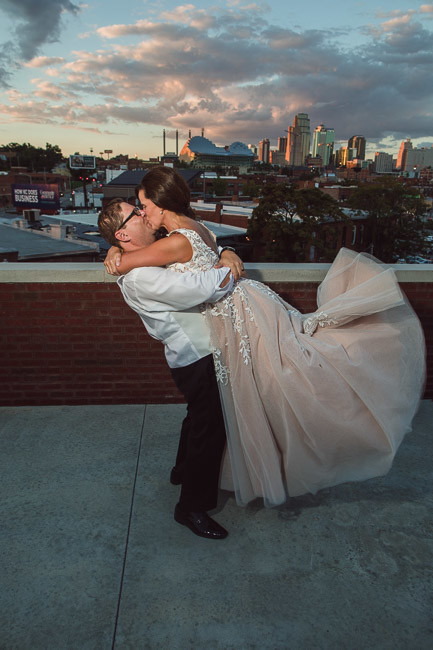 On-Broadway-Rooftop-Event-Space-Kansas-City-Wedding-98