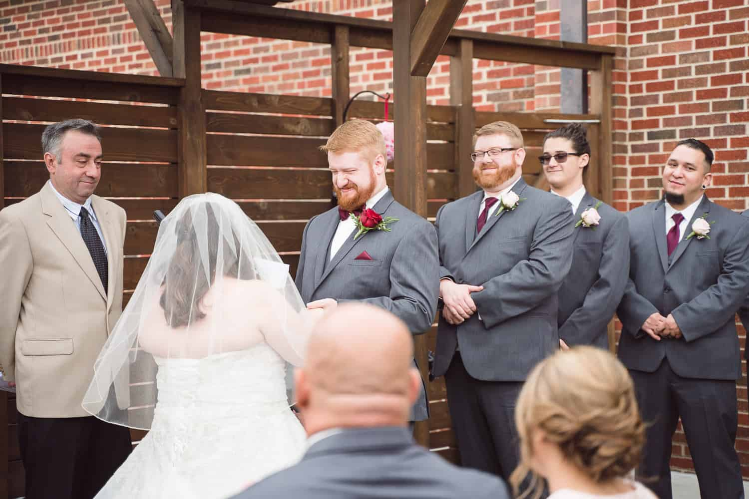 8th and Main Kansas City wedding ceremony
