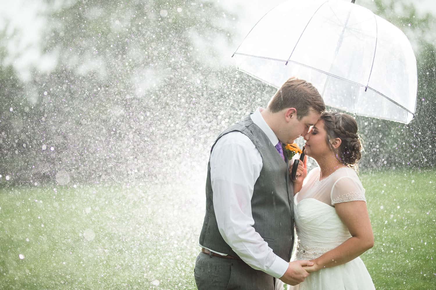 Rainy wedding day portraits in Topeka Kansas