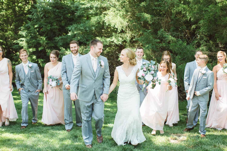 Outdoor wedding in St. Joe Missouri
