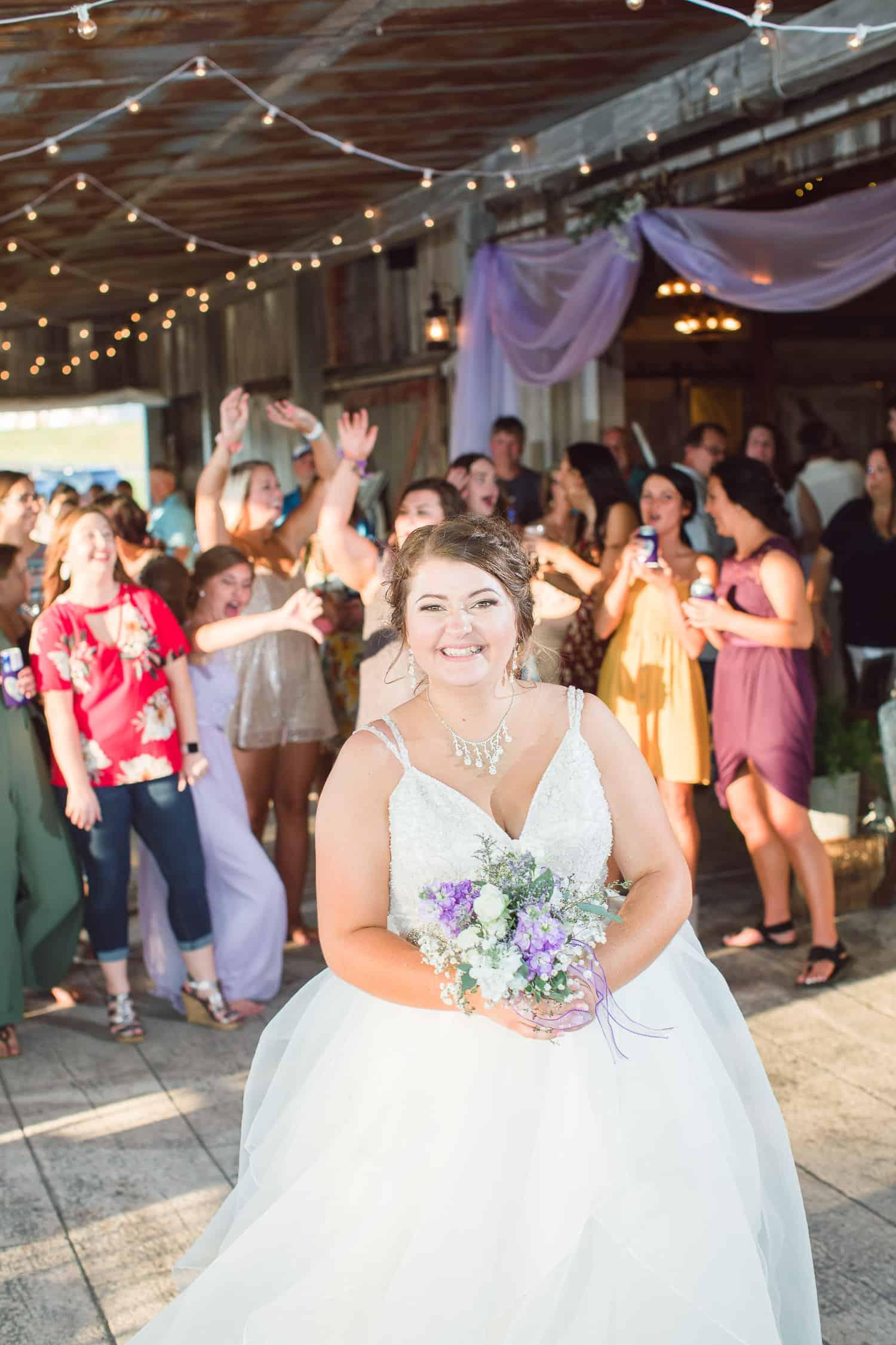 Outdoor barn wedding in Missouri