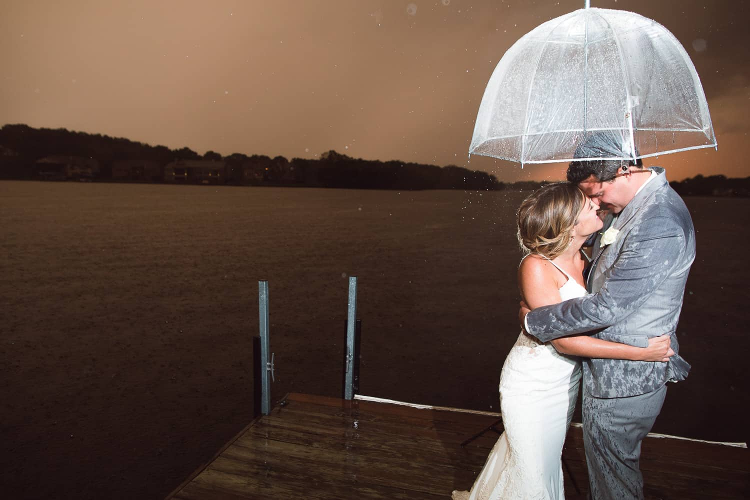 Rainy Missouri wedding