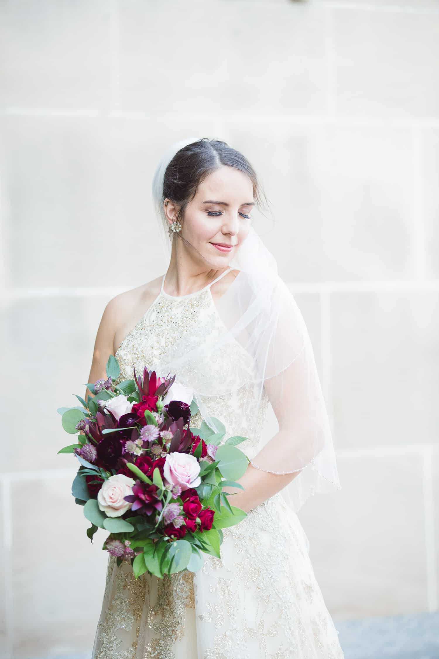 Wedding portraits at the Nelson Atkins Museum