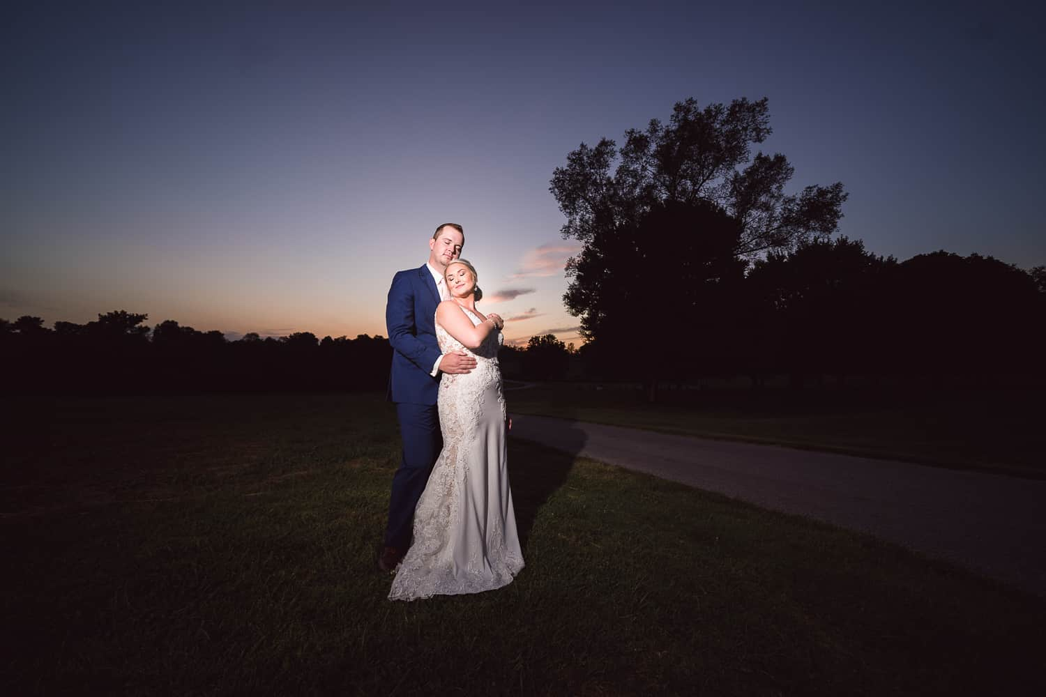 Sunset wedding pictures at Belvoir Winery