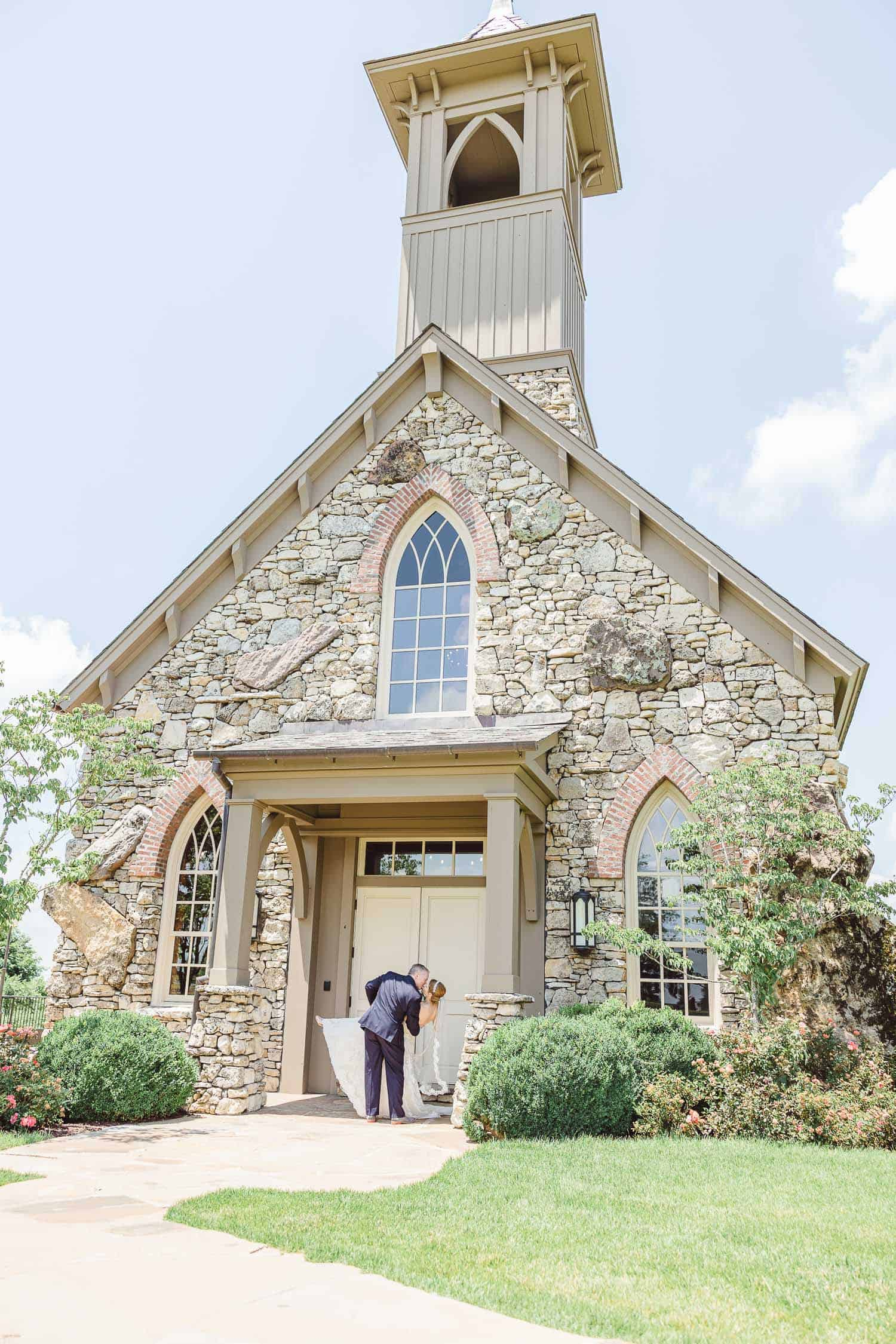 Big Cedar lodge Top of the Rock wedding portraits