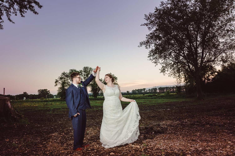 Sunset wedding photos in Parkville Missouri
