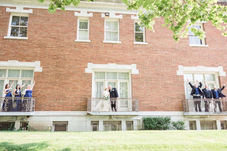 Loose Mansion wedding party